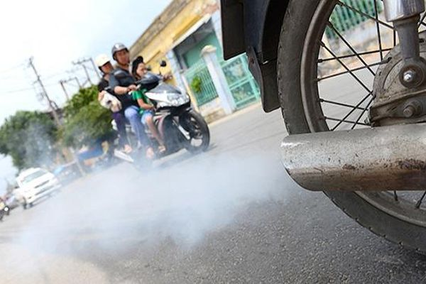 Đề nghị báo cáo đánh giá chất lượng khí thải xe máy tại Hà Nội và TP Hồ Chí Minh