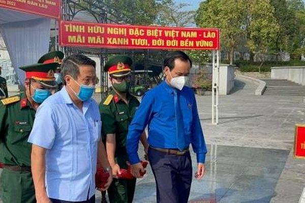 Truy điệu, an táng 24 hài cốt liệt sĩ quân tình nguyện hi sinh tại Lào