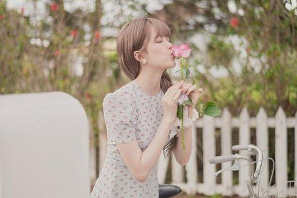 Thiều Bảo Trâm tái xuất với MV đầy biểu cảm 'cười ra nước mắt'