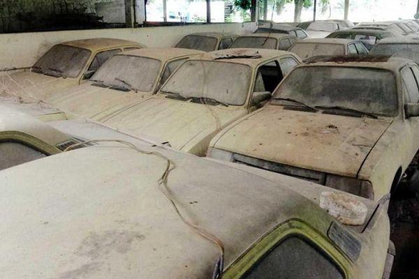 Phát hiện dàn xe Chevrolet vứt xó của 'ông hoàng taxi' một thời