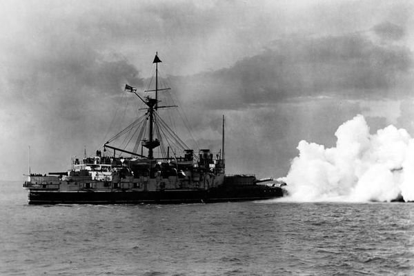 Vị Phó đô đốc 'làm màu' khiến hải quân Anh gặp thảm họa