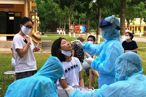 Thanh Hóa: 4 trường hợp F1 trong một gia đình ở Sầm Sơn âm tính với SARS-CoV-2