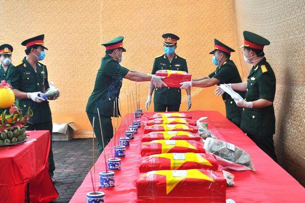 Hà Tĩnh: Xúc động Lễ truy điệu, an táng 11 hài cốt liệt liệt sỹ hy sinh tại Lào