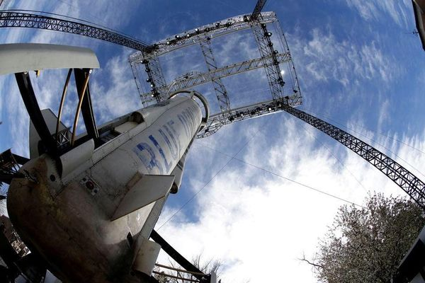 Công ty tên lửa Blue Origin mở bán vé du lịch vũ trụ
