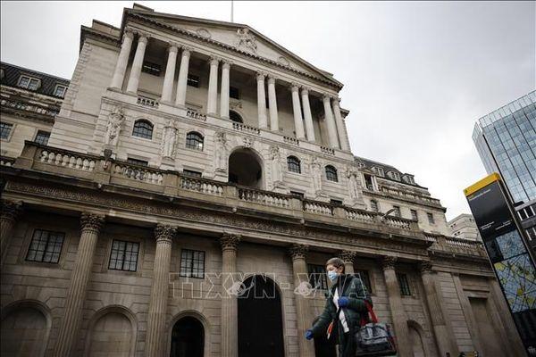 Ngân hàng trung ương Anh nâng dự báo tăng trưởng kinh tế