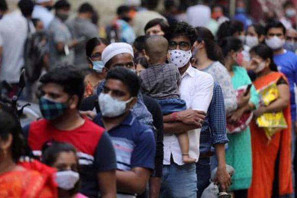 'Sóng thần' Covid ở Ấn Độ có thể đe dọa thế giới như thế nào?