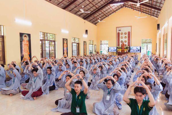 Kỷ niệm 10 năm khóa tu 'An nhiên' tại chùa Huệ Viễn