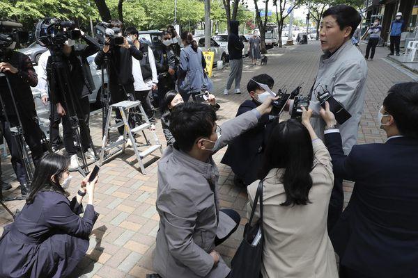 Triều Tiên cảnh báo truyền đơn của Hàn Quốc chứa nCoV