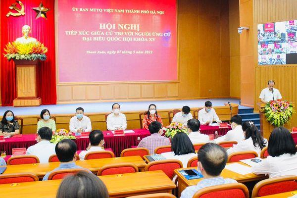 Chủ tịch HĐND TP Nguyễn Ngọc Tuấn và các ứng cử viên đại biểu Quốc hội khóa XV vận động bầu cử tại quận Thanh Xuân