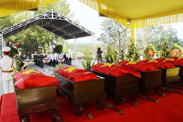 Thừa Thiên Huế: Truy điệu và an táng 14 liệt sĩ