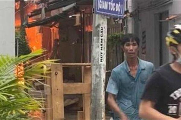 Đau lòng 8 người tử vong sau vụ cháy nhà trong hẻm