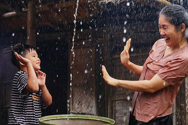 Khúc mưa, bộ phim nhân văn về đề tài hậu chiến
