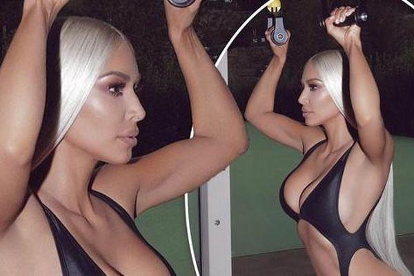'Kim siêu vòng 3' tung ảnh sexy gây choáng váng