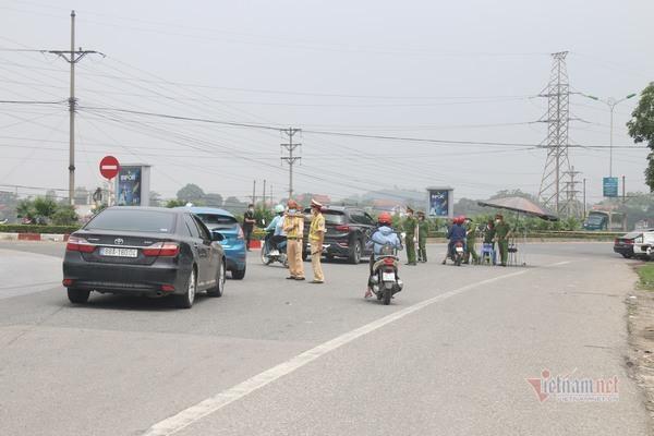 Kiểm soát gắt gao người vào TP Vĩnh Yên sau quyết định giãn cách