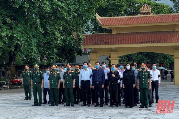 Truy điệu và an táng 15 hài cốt liệt sĩ quy tập tại Lào