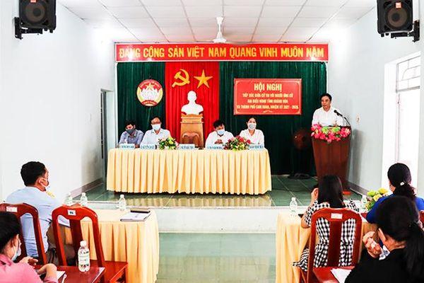 Ứng cử viên đại biểu HĐND tỉnh Khánh Hòa tiếp xúc cử tri