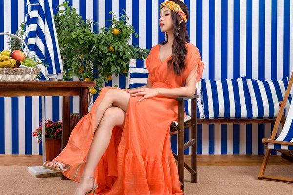 'Nàng Kiều'Mỹ Duyên đón đầu xu hướng trang phục họa tiết tropical mùa Hè năm nay