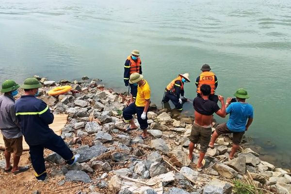 Tìm thấy nam thanh niên bị đuối nước ở Cẩm Thủy