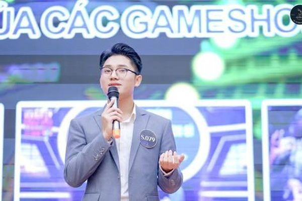Anh Vũ – Chàng sinh viên trường Luật đam mê nghề 'cầm mic'