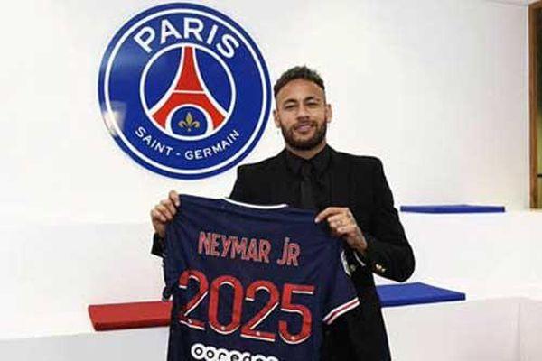 Neymar gia hạn với PSG đến năm 2025