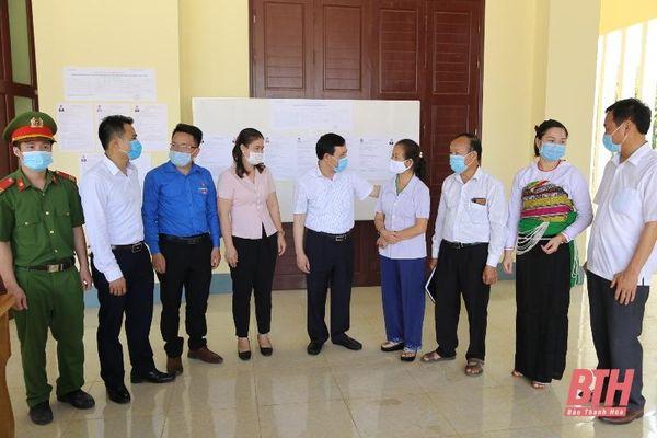 Phó Bí thư Thường trực Tỉnh ủy Lại Thế Nguyên và các ứng cử viên đại biểu Quốc hội khóa XV tiếp xúc cử tri tại đơn vị bầu cử số 5