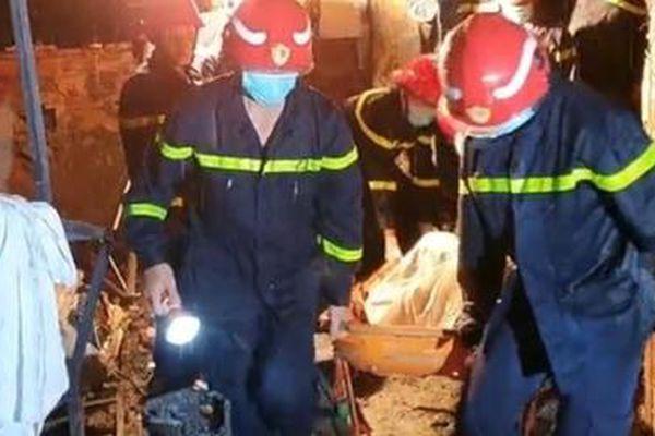 Vụ hỏa hoạn chết 8 người: Lời kể xót xa của những người cứu nạn