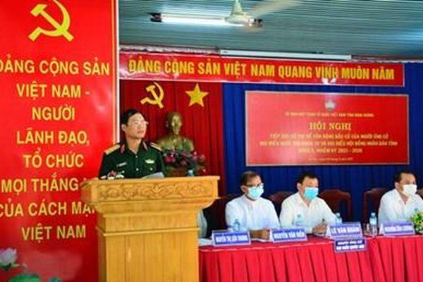 Thượng tướng Nguyễn Tân Cương tiếp xúc cử tri thị xã Bến Cát, Bình Dương