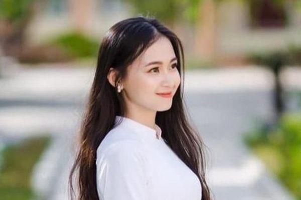 Nữ sinh 2K khoe điệu hát dân ca ngọt ngào 'gây thương nhớ'