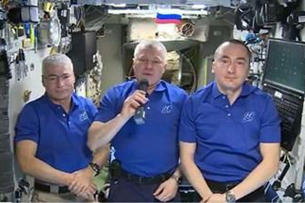 Các nhà du hành vũ trụ từ Trạm ISS chúc mừng người dân Trái đất nhân kỷ niệm Ngày Chiến thắng