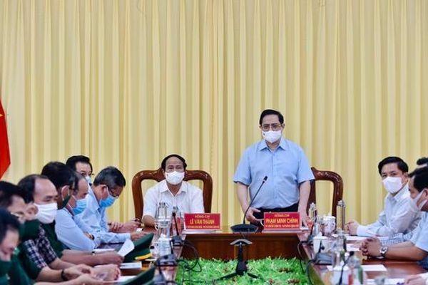 Thủ tướng: Xử lý người đứng đầu nếu để xảy ra dịch bệnh, trì trệ sản xuất do nguyên nhân chủ quan