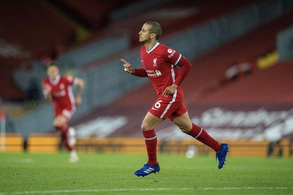 Kết quả Ngoại hạng Anh: Hạ Southampton, Liverpool nuôi mộng top 4