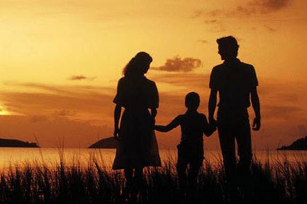 Ba điều cha mẹ cần 'buông bỏ' để con cái có tương lai hơn