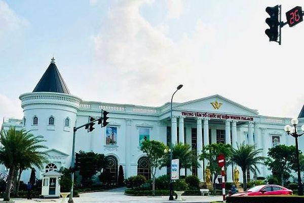 Chính quyền buông lỏng hay doanh nghiệp bất chấp để loạt dự án trái phép ở Thanh Hóa mọc lên?