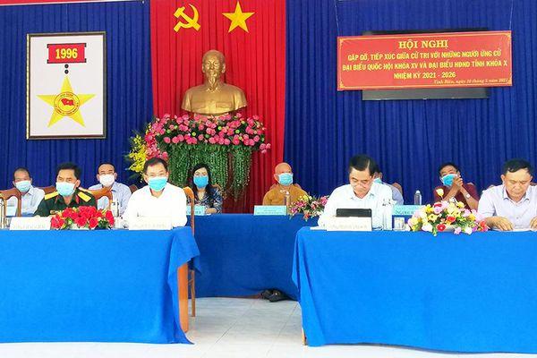 Ứng cử viên đại biểu Quốc hội và đại biểu HĐND tỉnh gặp gỡ cử tri huyện Tịnh Biên