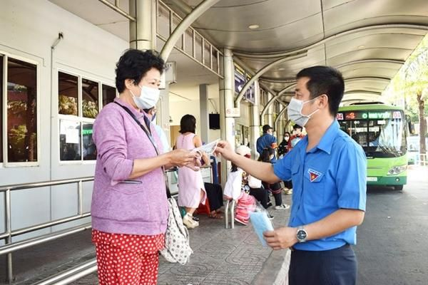 Đồng Nai từ chối vận chuyển hành khách không mang khẩu trang