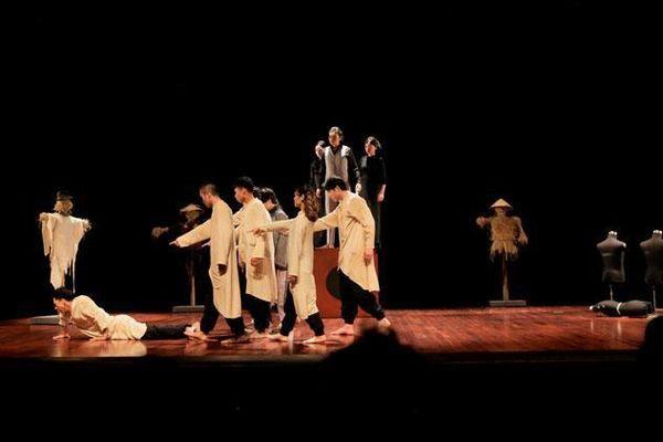 Kịch Việt Nam thi thế giới bằng hình thức online