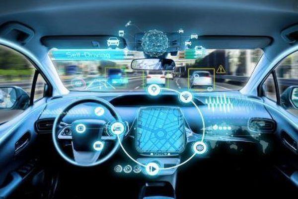 Công nghệ trên xe hơi sẽ là mảnh đất mới để các hãng kiếm tiền