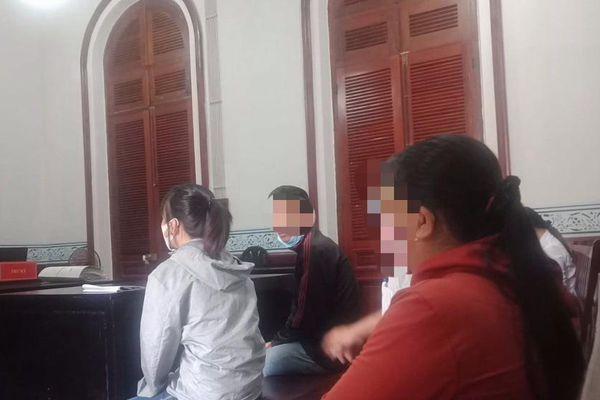 Cô gái bị tội vì không tố giác người yêu