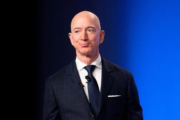 8 tài sản đắt đỏ mà Jeff Bezos vung tiền sở hữu, đầu tư