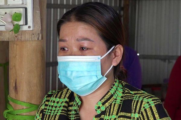 Chủ hụi ở Cà Mau bật khóc khi bị bắt