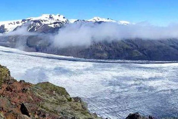 Hàng trăm tỷ tấn băng bị tan chảy mỗi năm