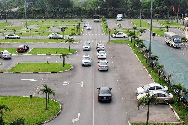Tạm dừng tổ chức sát hạch để cấp Giấp phép lái xe trên địa bàn Hà Nội