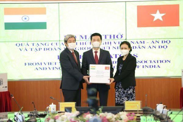 Hội hữu nghị Việt Nam - Ấn Độ chia sẻ khó khăn với người dân Ấn Độ