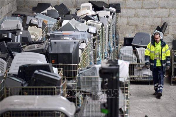 Tái chế rác thải điện tử - vấn đề an ninh cấp bách đối với châu Âu