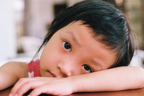 3 kiểu trẻ ngoan chưa chắc đã tốt, sai lầm của cha mẹ làm hỏng tương lai con