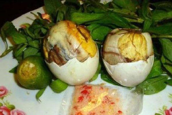 5 điều cấm kỵ khi ăn trứng vịt lộn, cẩn thận kẻo mất mạng như chơi