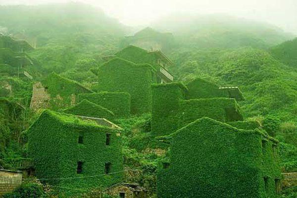 Những ngôi làng khiến du khách ngỡ như 'lạc vào xứ thần tiên'