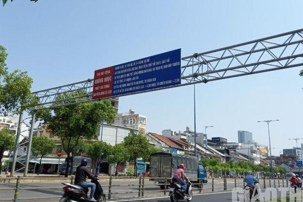 Rối mắt với loạt biển báo giao thông đánh đố người đi đường