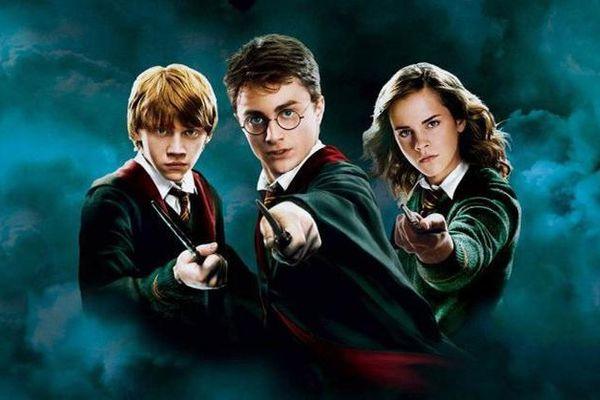 Harry Potter và 6 bí mật hậu trường khiến fan ruột cũng phải bất ngờ