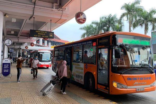 Hà Nội: Đề nghị mở thêm 4 tuyến buýt kết nối sân bay Nội Bài